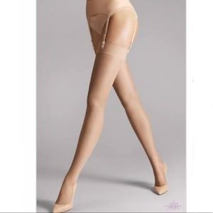 VICTORIA'S SECRET nude stockings glam it up size C